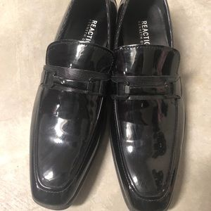 Kenneth Cole black sheen leather shoes